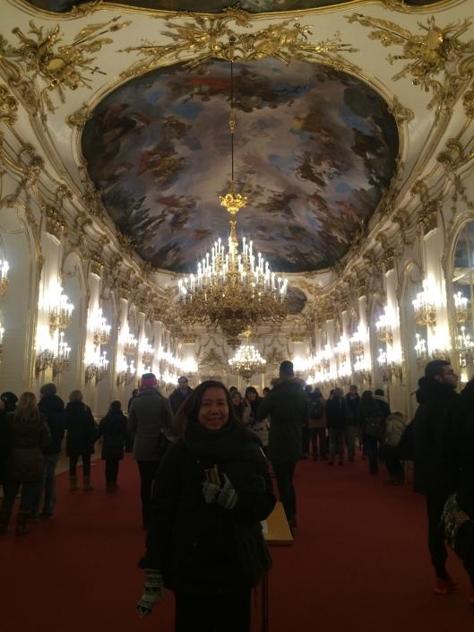 Salah satu ruangan di dalam Taman di Schönbrunn Palace